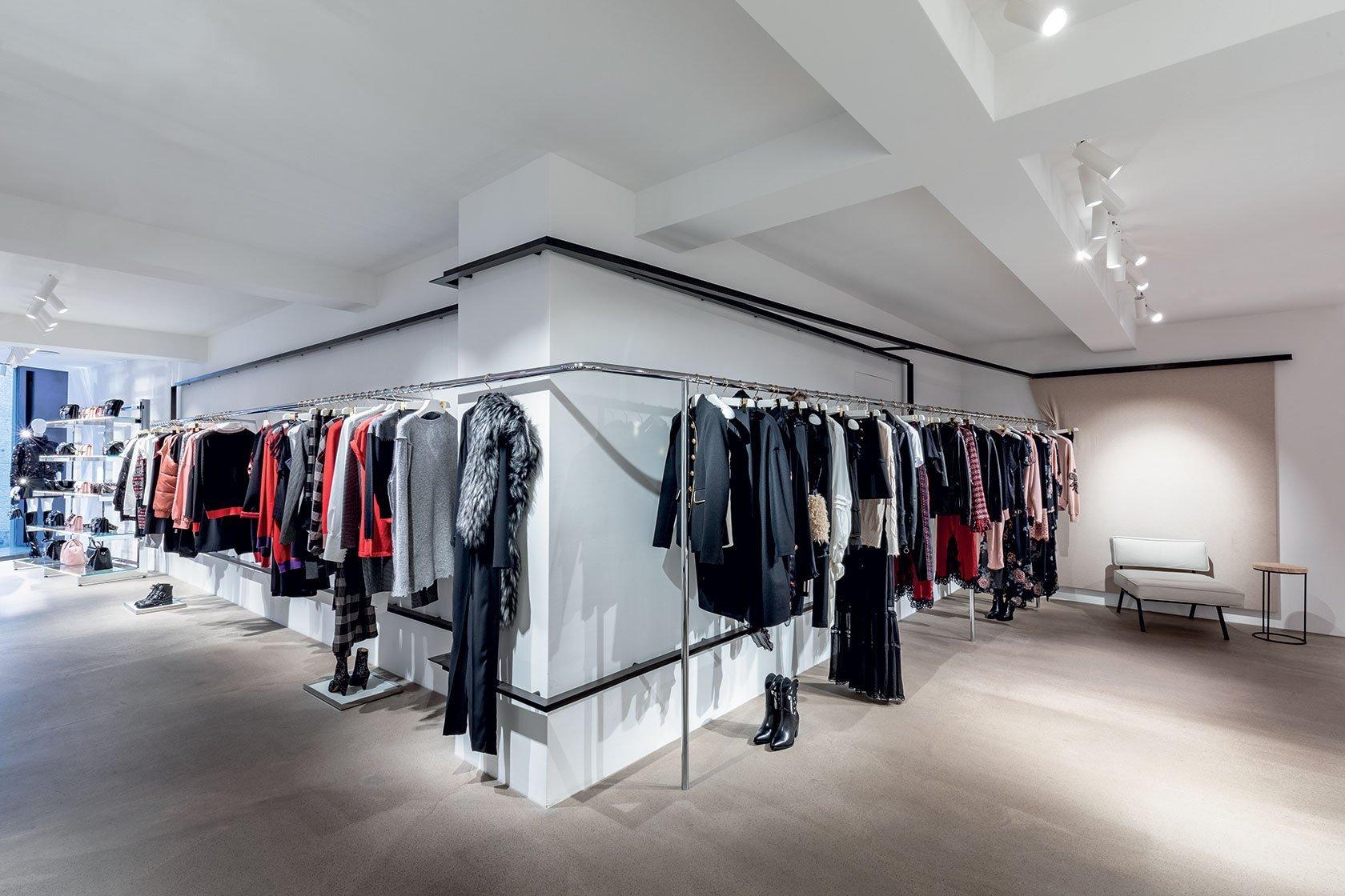 meet d1189 3a94c Pinko Store | Locatelli Partners