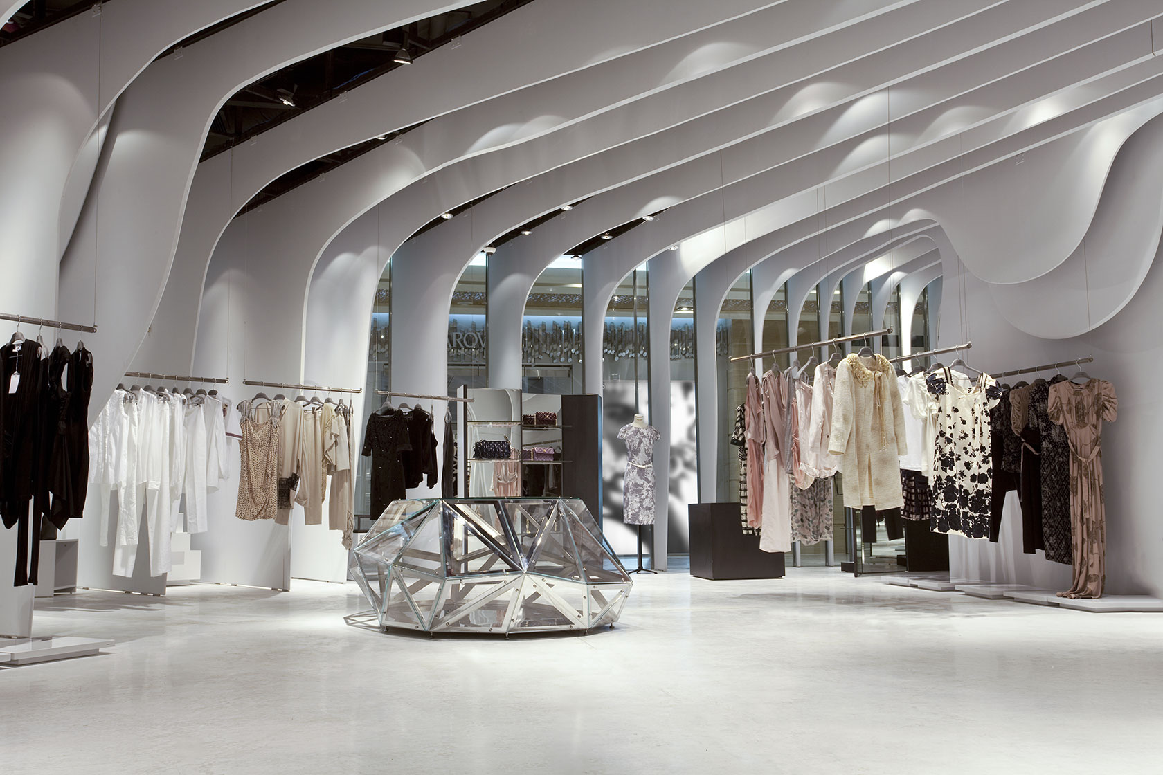 Runway Store, Vincom Center