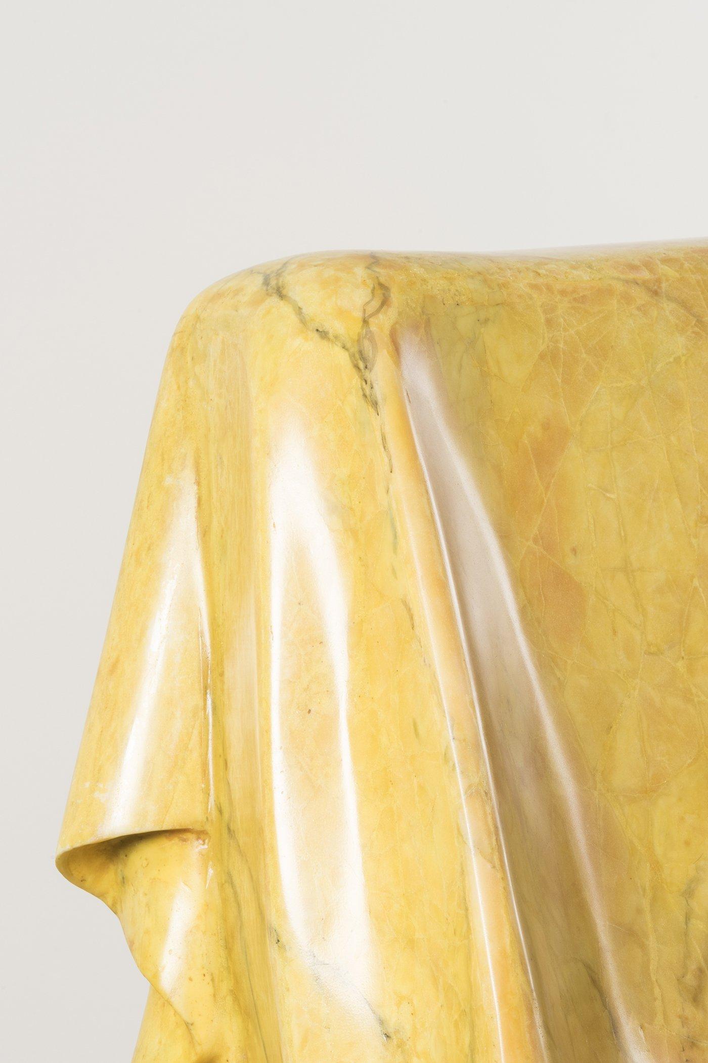 Poltrona marmo giallo (det.)